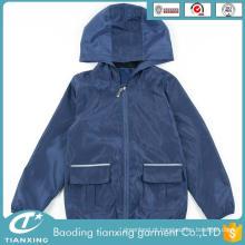 Últimas roupas de moda diferenciadas para crianças