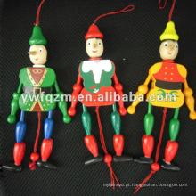 Barata de corda de madeira barato boneca Real com design de rover mar