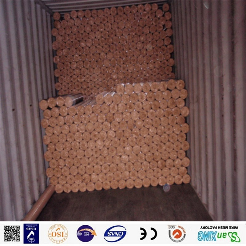 pvc weded wire mesh loading picture