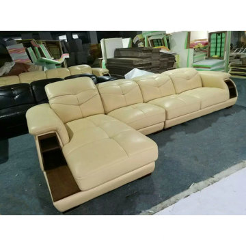Cream Color Canton Fair Sofa, China Leather Sofa, Europe Modern Sofa (A64)