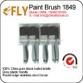 cerda negra con pinceles de plástico gris conjunto
