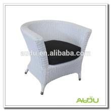 Audu - Raton redondo blanco PROVENCE BUCKET ARMCHAIR