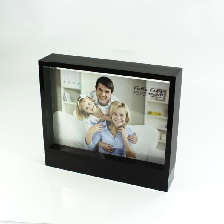 Clear Box Frame