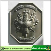 Latón antiguo chapado material de aluminio 70cm emblema