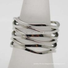 Patrón de onda plateado de acero inoxidable Bohemia mujeres ancho hueco anillo de dedo