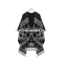 15PKCP05 2016 latest Lady's trendy woven acrylic aztec print cape poncho