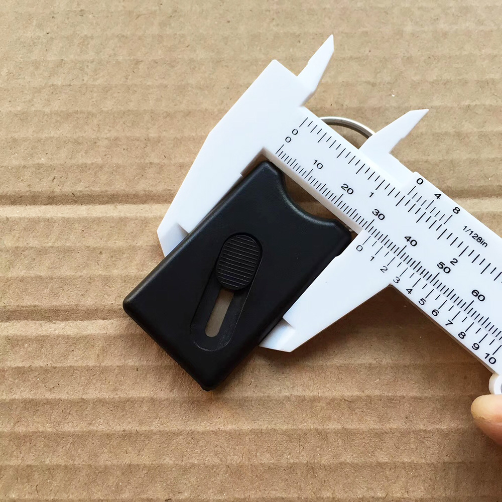 Retractable Hidden Blade Mini Cutter Keyring