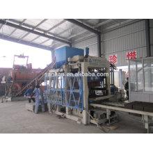 Machine de fabrication de blocs de béton à chaud / low cost high return