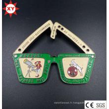 Fabricant d'insigne en métal gravé personnalisé de Chine