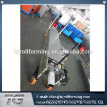 Machine de formage de rouleaux de tuyaux de petite taille portable vers le bas approuvée par la CE appliquée par la Chine