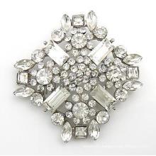 Gets.com zinc alloy acrylic rhinestone brooch