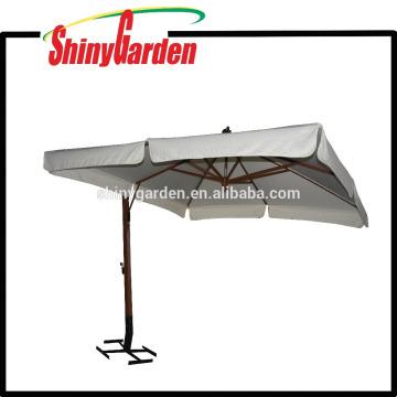 4 * 4M Holz Cantilever 240G Polyester Sonnenschirm mit in der Mitte und 18-20cm Klappe öffnen und verschiedene Basis