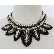 Ladies Costume Jewelry Crystal Leaves Collar Necklace (JE0134)