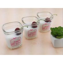 Bouteille transparente en verre à base de lait Bouteille à jus de fruits avec couvercle en plastique