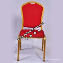 Chaise rouge de banquet de cadre en aluminium (YC-ZL82)