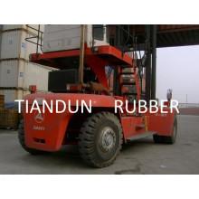 Neumático para manipulador de contenedores vacío