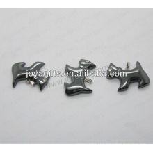 01P1006S / DOG forma pingente / cão charme / cão montagem / cão forma acessório com prata encontrar