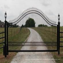 2018 alta calidad bajo precio abierto tipo nuevo diseño personalizado puerta de hierro / puerta de jardín
