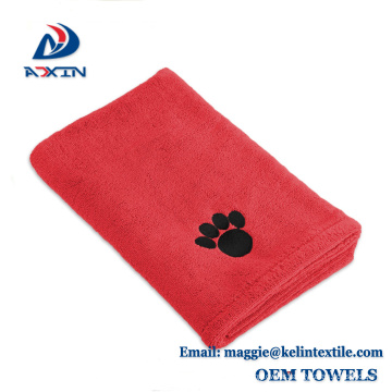 2017 Hot Microfiber Pet Towel Dog Drying Bath Towel with Embroidered Paw Printed