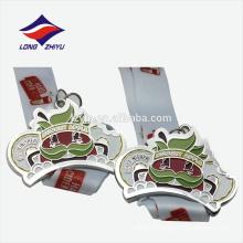 Médaille de finition de souvenir en alliage de zinc colorée 3D personnalisée