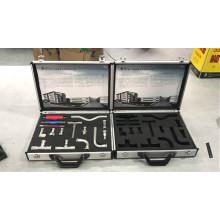 Алюминиевый кейс для ручного инструмента с вырезом из пеноматериала