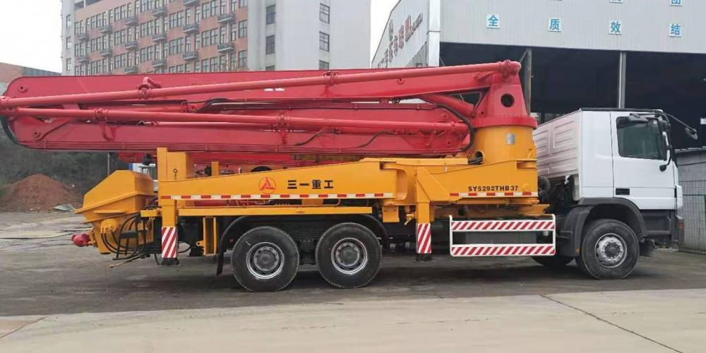 Used Concrete Pump Truck 03