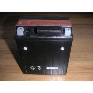 Batteries moto OEM YTX7L-BS (MF) 12V 7Ah