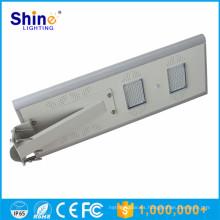 Todo en uno Farola solar integrada 20W para sistemas solares domésticos / al aire libre