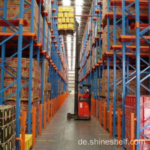 Cold Warehouse Regal Laufwerk im System