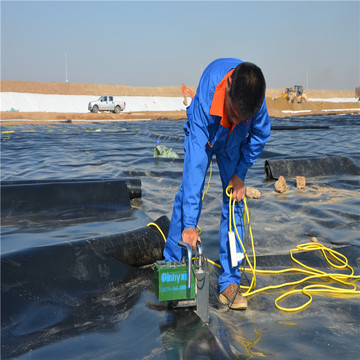 Geocompozit 40mils Chống thấm Geomembrane