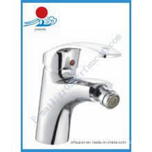 Fashionable Single Handle Brass Bidet Faucet (ZR20710)