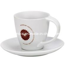 Bend Handle Coffee Mug and Plate