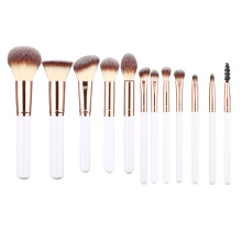 Ensemble de pinceaux de maquillage cosmétique en plastique avec logo de marque privée