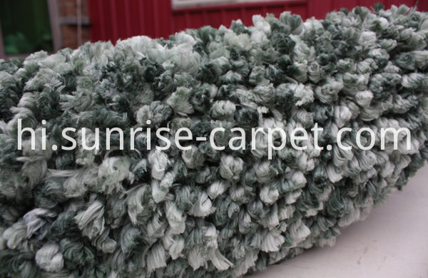 Flooring Rug Carpet in Green color