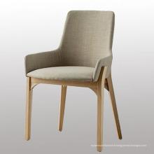 Chaise de salle à manger en bois pour les jambes