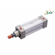 Vérins pneumatiques à double effet série ISO15552 / ISO 6431 SI