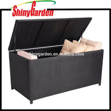 Outdoor decorative Aluminum Frame Rattan And Wicker Cushion Storage Trunk