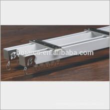 Ventana de aluminio de la aleación que se desliza, cortina pesada sigue los carriles de la cortina que resbalan
