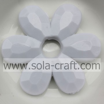 Fashion Acrylic White Solid Flower Faceted Jewelry Necklace Beads