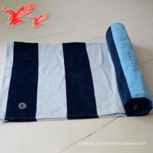 Serviettes turques adaptées aux besoins du client d'épaisseur bleu et pourpre de gros d'usine de la Chine avec des glands