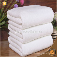 Fashion promotional custom 100% viscose portable disposable bath shower or face towel for restaurant and airline