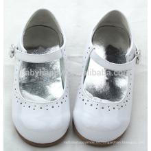 Los niños brillantes del resorte 0-2years los zapatos de vestido únicos del bebé del PVC de las muchachas