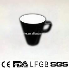 2014 Design novo forma redonda vitrificada caneca de café cerâmica com punho quadrado