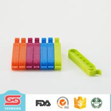 Clip plástico del sello del bolso de pan de la comida colorida de la buena calidad con la cerradura