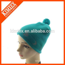 Knitted acrylic reflective beanie