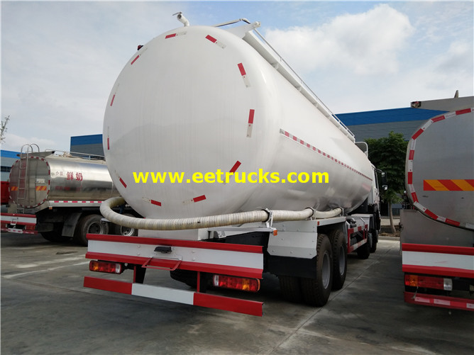 Bulk Pneumatic Delivery Truck
