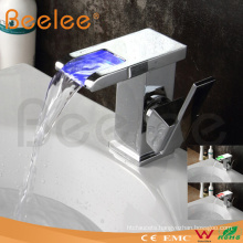 2014 New Style Chrome Single Handle Basin Water Mixer Tap Bathroom Waterfall LED Faucet (QT14510F)