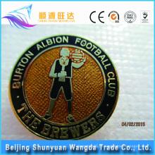 OEM Metal Distintivo Man-shaped do Pin para o emblema do Pin do futebol do metal