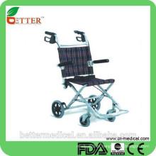 Cadeira de rodas em alumínio dobrável leve para viagens ao ar livre