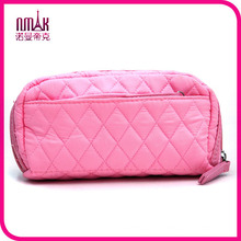 Simplicity Light Pink Soft Diamond Quilted Solid Color Polyester Makeup Cosmetic Bag for Women